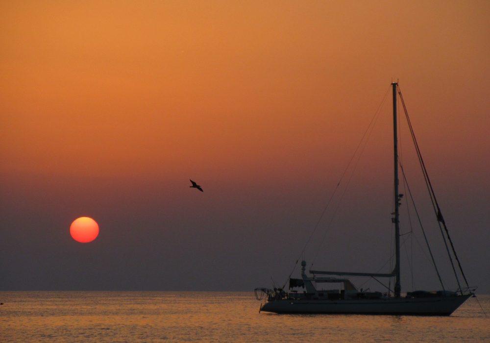 sunset-3363877_1280